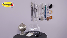 Command - Clear Organise Jewellery